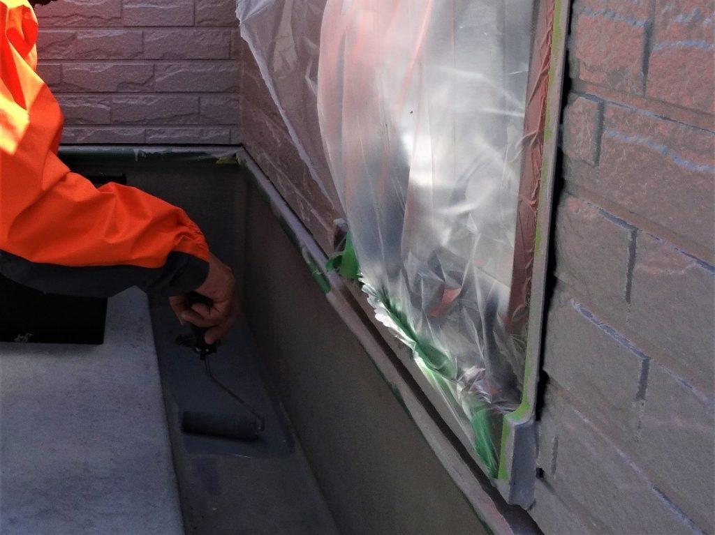 側溝の防水塗装工事の写真(塗装工房)