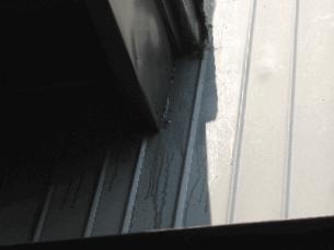 トタン壁の写真(塗装工房)